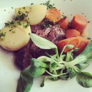 This was the most heartiest Beef Bourguignon I've ever tasted. Large chunks of beef with a deep, rich flavour.